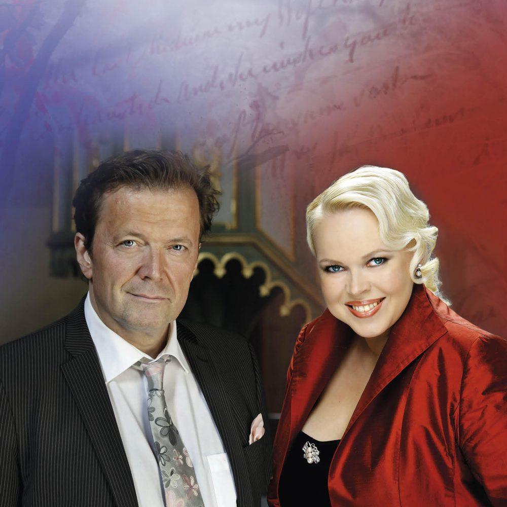 Johanna Rusanen-Kartano ja Jyrki Anttila esiintyvät Kangasala-talossa.
