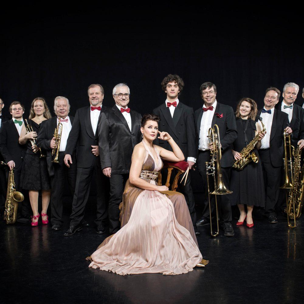 Diiva svengaa! Tapiola Big Band feat. Mari Palo Kangasala-talossa.