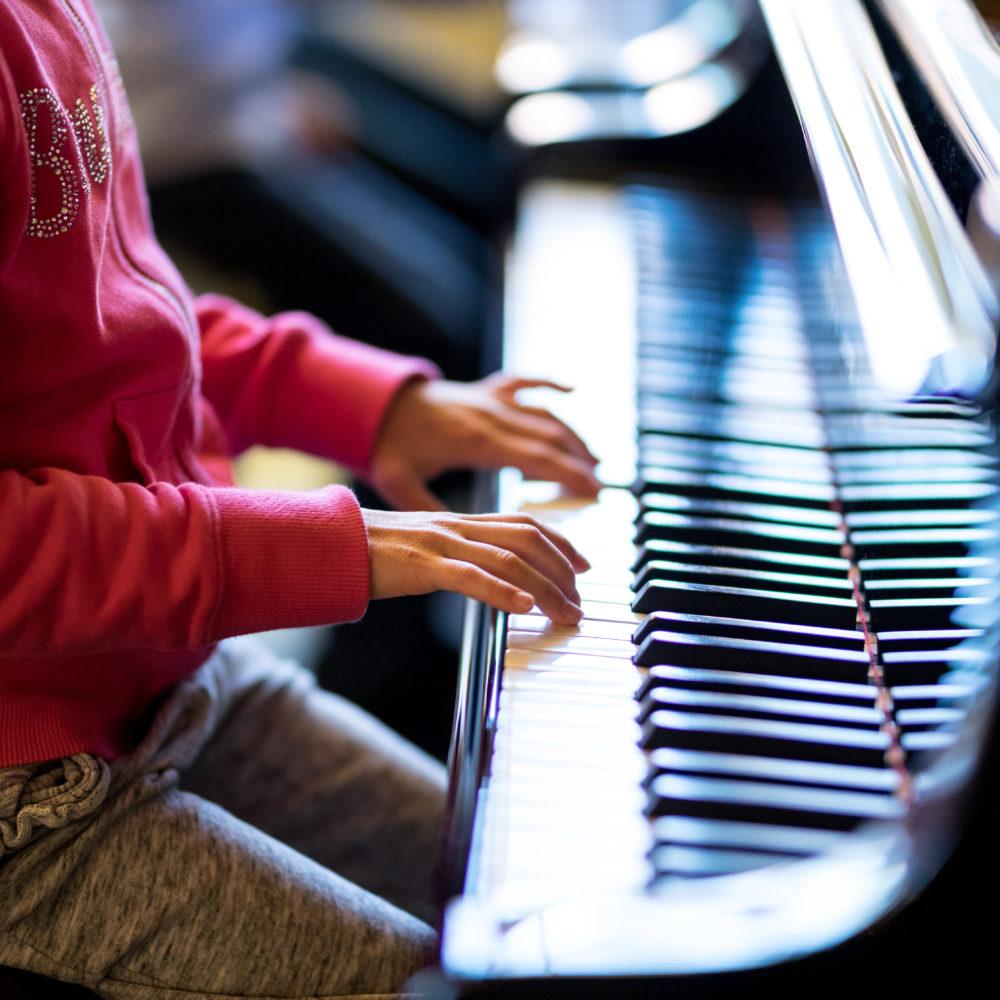 Pirkanmaan musiikkiopiston piano-oppilaat esiintyvät konsertissa