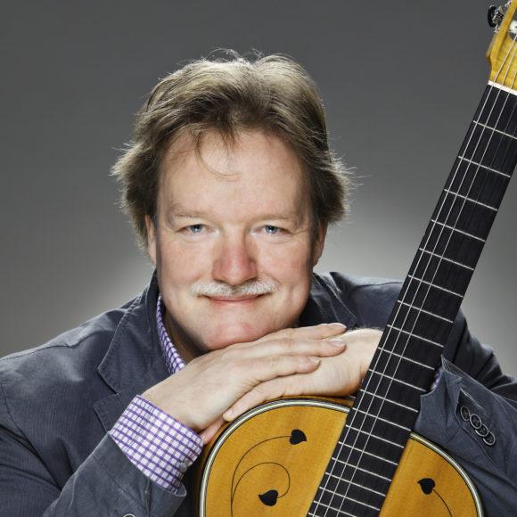 Kitaristi Timo Korhonen konsertoi Kangasala-talossa Tampere Guitar Festivalilla 2019