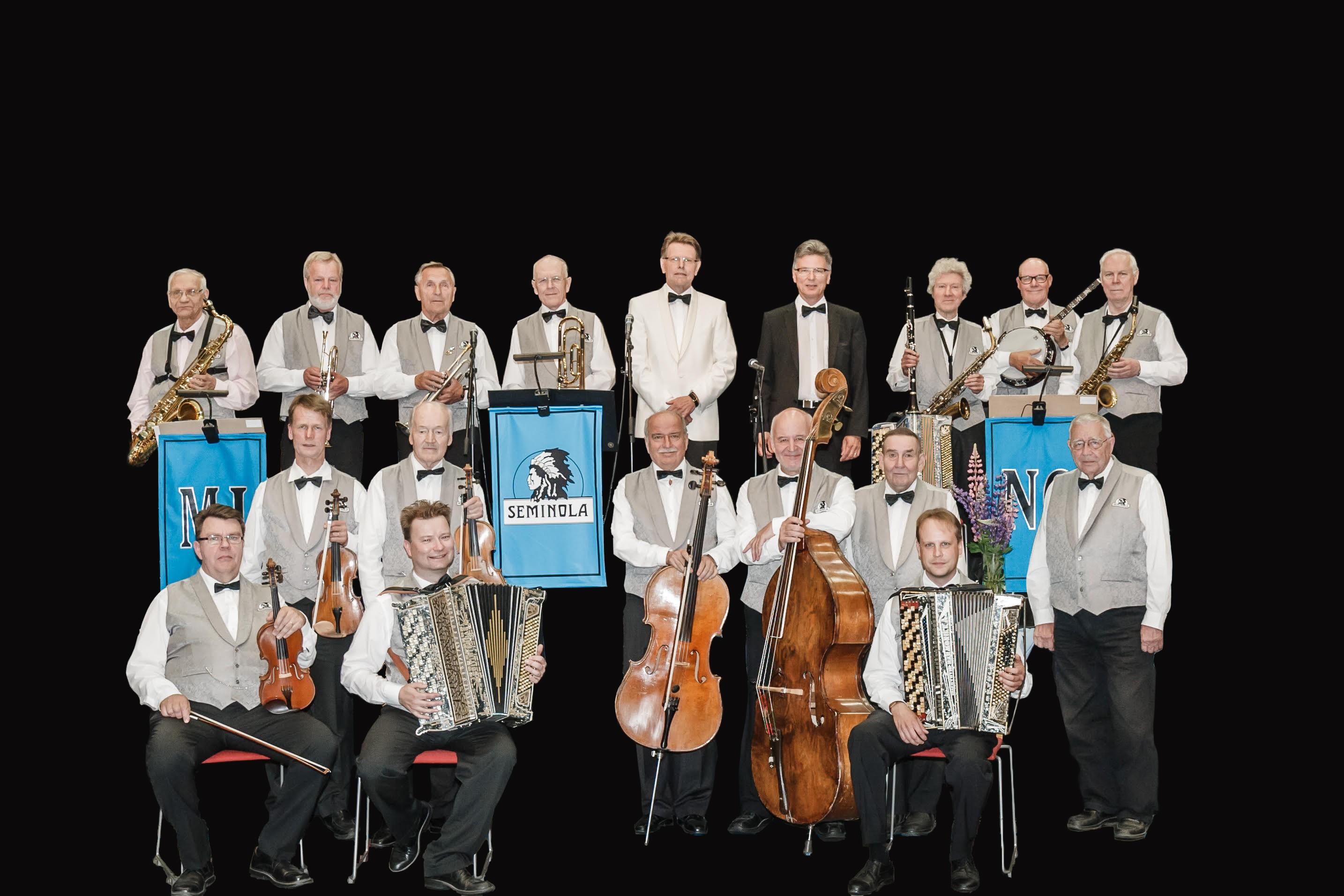 Tamperelais–kangasalalainen vintageorkesteri Seminola soittaa tunnettuja ja vähemmän tunnettuja schlaager- eli iskusävelmähelmiä Kangasala-talossa 30.10.2019.