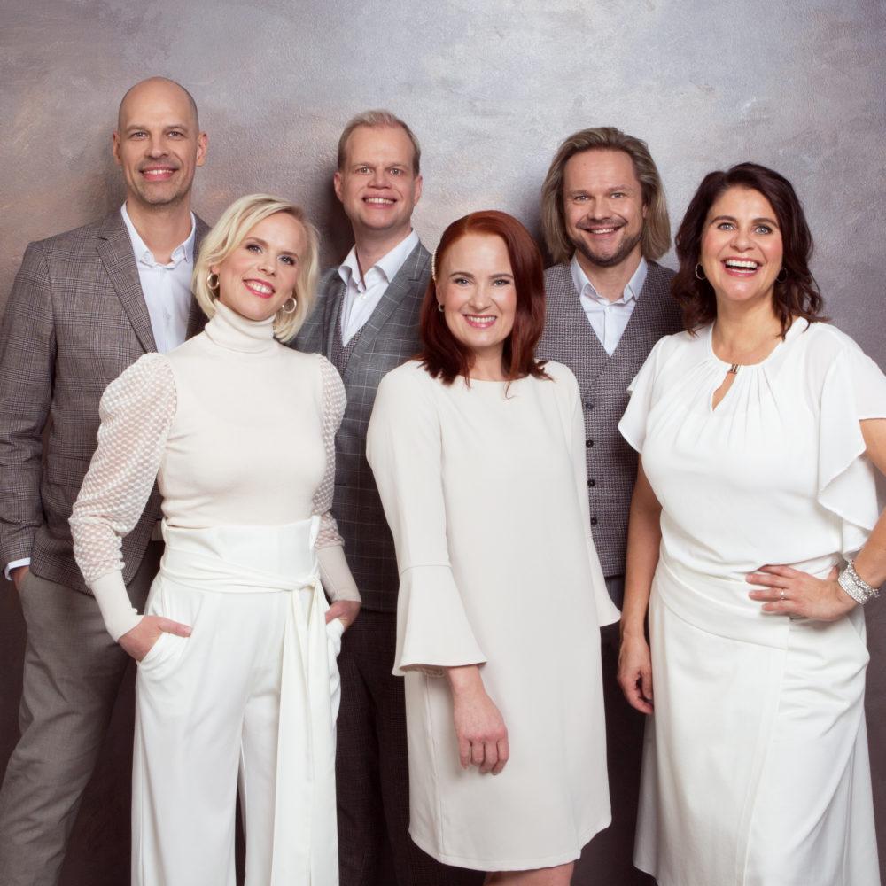 Suomen tunnetuin ja pitkäikäisin a cappella -yhtye Lauluyhtye Rajaton konsertoi Kangasala-talossa 26.3.2020.