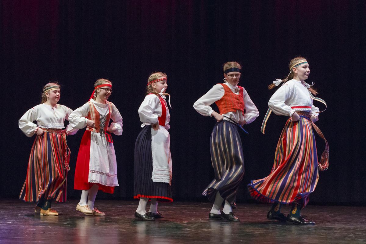 Karjalaisen Nuorisoliiton Kevätpäivät Kangasala-talossa 4. ja 5.4.2020.