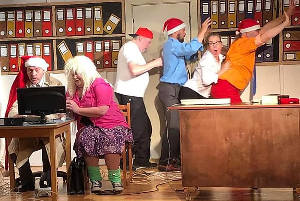 Kesäpäivän Teatteriviikko tuo harrastajateatterit Kangasala-taloon 9.-12.9.2020