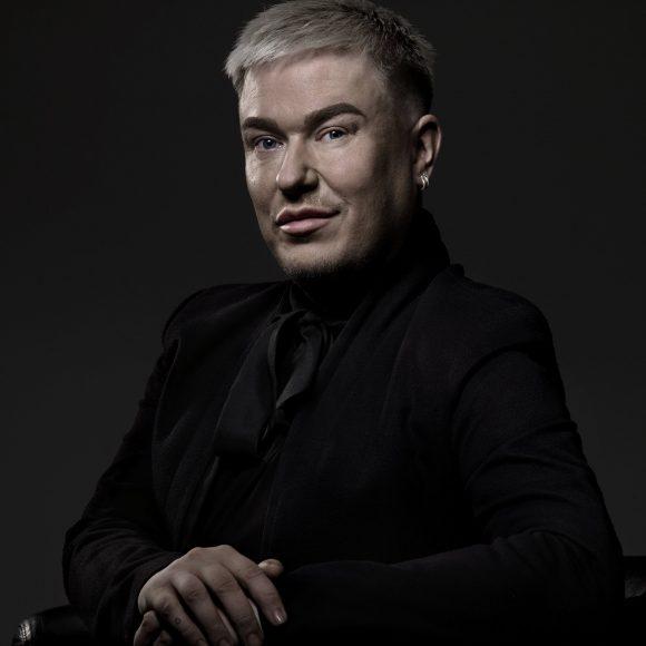 Erittäin lämminhenkisen konsertin Kangasala-talossa syksyllä 2019 pitänyt Jesse Kaikuranta palaa taloon lokakuussa 2021!