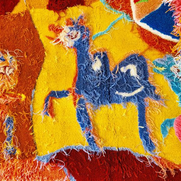 Riitta Nelimarkka, Kättä muinaisuudelle -villareliefi vuodelta 2019, villareliefi esillä Kimmo Pyykkö -taidemuseossa syksyllä 2019